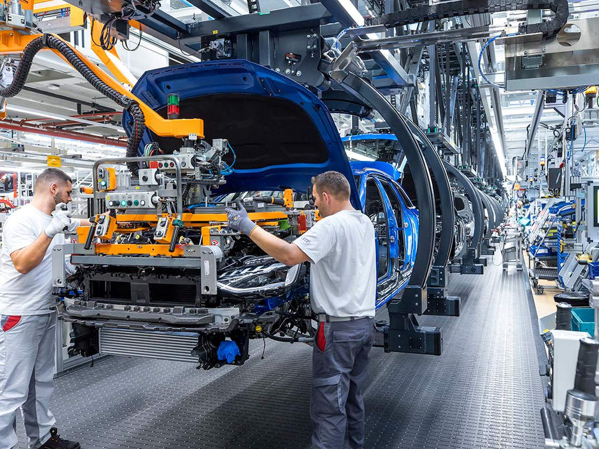 Covid diverts sales of Spanish vehicles to countries such as Turkey or Japan